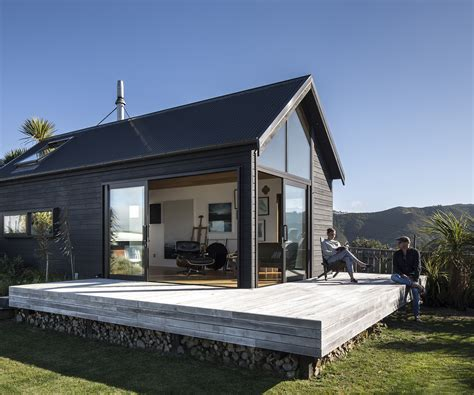 A bach-style studio with gob-smacking views of Wellington