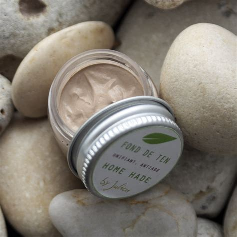 Homemade Soaps by Julicu: natural make-up solutions