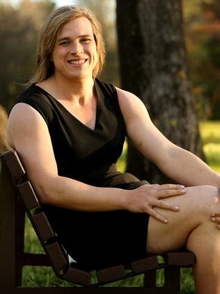 Hannah Mouncey: Transgender player's coach questions AFLW