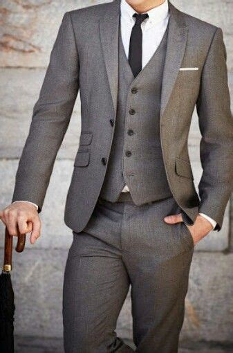 20 Best Winter Wedding Outfits for Men for Guest Wedding