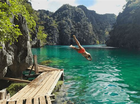 Island Hopping In The Philippines - Be My Travel Muse