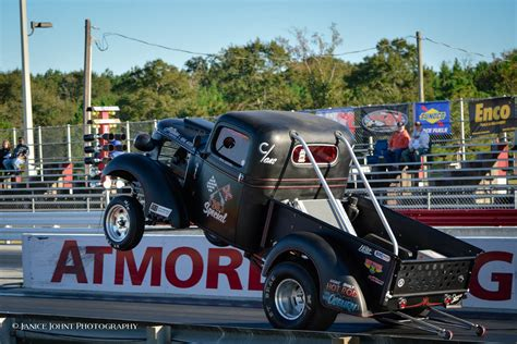 NOSTALGIA DRAG WORLD - Gasser Blowout 4 with the Southern