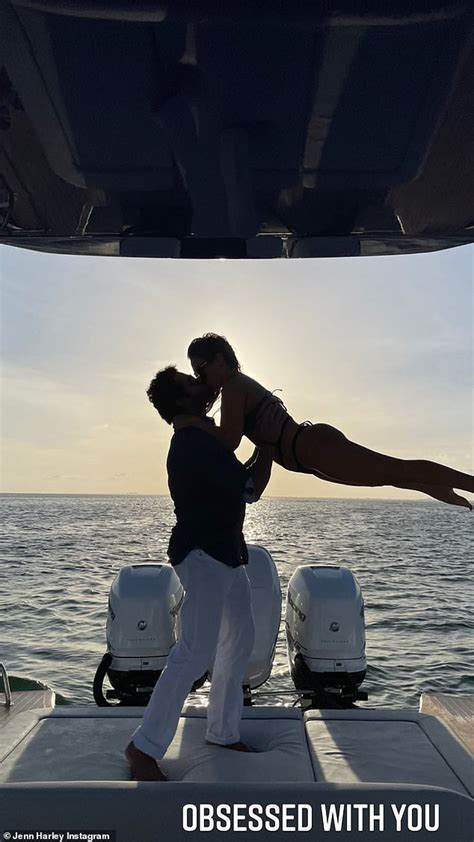 Ronnie Ortiz-Magro makes it official with new girlfriend
