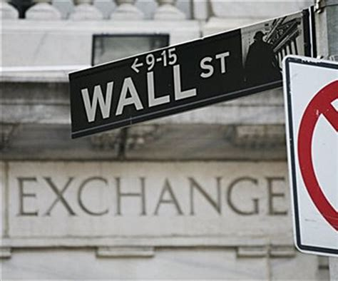 Dow Hits Record High at Open; Fed in Focus | Newsmax