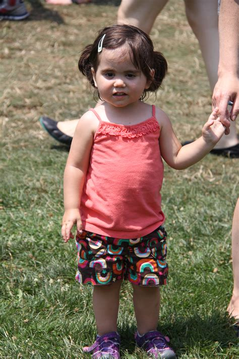 Candid Camera: Faces of Maplewoodstock 2014 - The Village