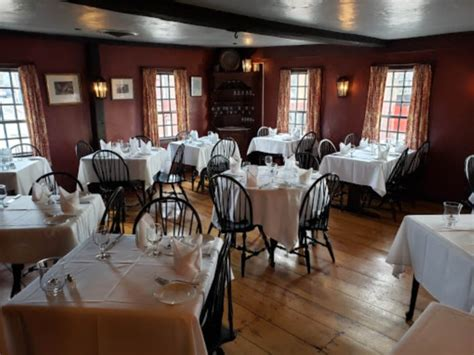 White Horse Tavern Is The Oldest Place You Can Go In Rhode