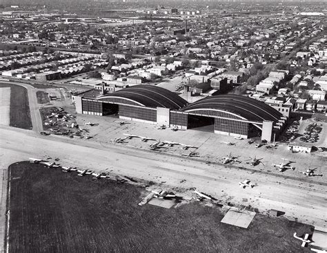 Chicago Midway Airport - Ex-AA Hangars   Late 70's shot of