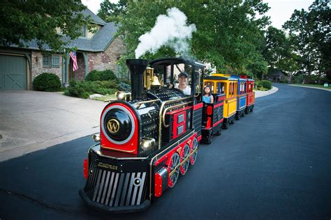 Trackless Train Rentals   Bounce Pro Inflatables, Tulsa